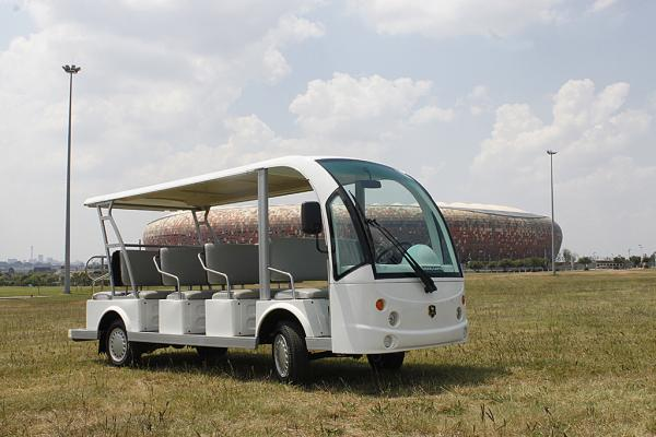 14_Seater_Bus_at_Stadium_600x400